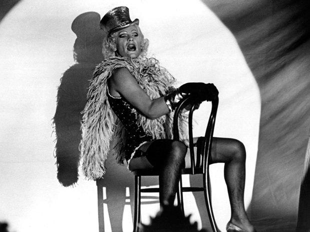 Marlene Dietrich noooooooooooooo