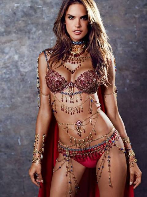 alessandra-ambrosio-wearing-read-fantasy-bra-for-victoria-secret-2014-show1 (1)