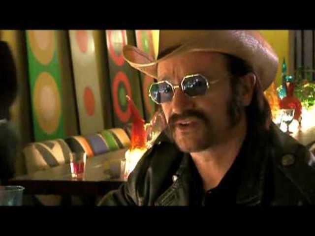 Bono como Dr. Robert