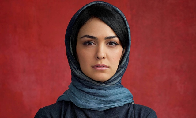 Nazanin-Boniadi-as-Fara-i-012
