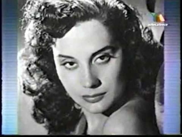 Rita Macedo aparece como Lucía de Nobile