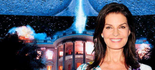 independence-day-2-sela-ward