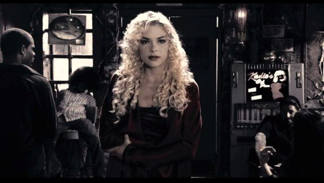 Jaime King como Goldie y Wendy