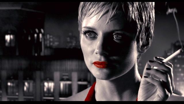 Marley Shelton como La cliente