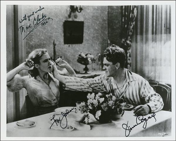 James Cagney hizo a Mae Clarke.