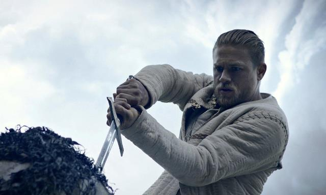 king_arthur_legend_of_the_sword-700426700-large