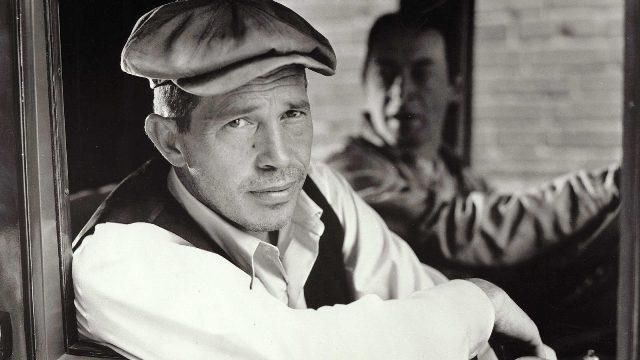 Warren Oates como John Dillinger