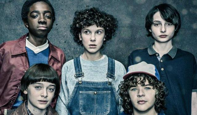 stranger_things_2_tv_series-206698174-large