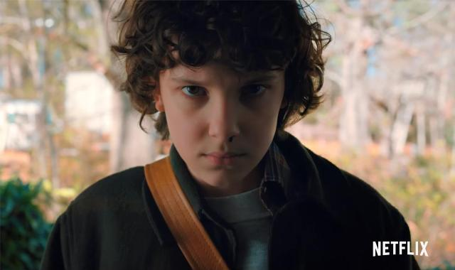 stranger_things_2_tv_series-810116746-large