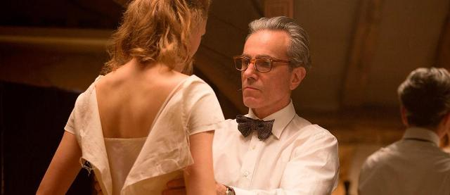 phantom_thread-589636284-large