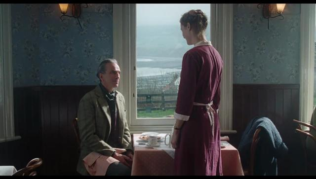 phantom_thread-685924919-large