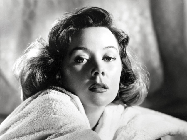 1956: Gloria Grahame (1923-1981) as Lucy Sherwood in the film, 'The Man Who Never Was', directed by Ronald Neame and produced by 20th Century Fox