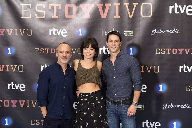 estoy_vivo_tv_series-188825856-large
